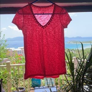 Bright pink Lilly v-neck tee
